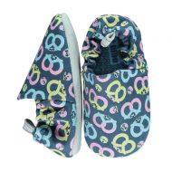 נעליים עם איורים יחודיים לתינוק