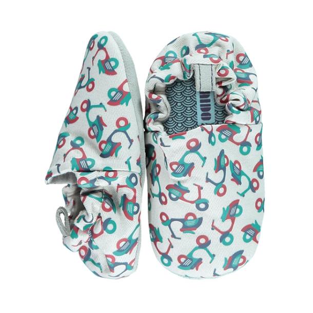 נעלי תינוקות מאויירות