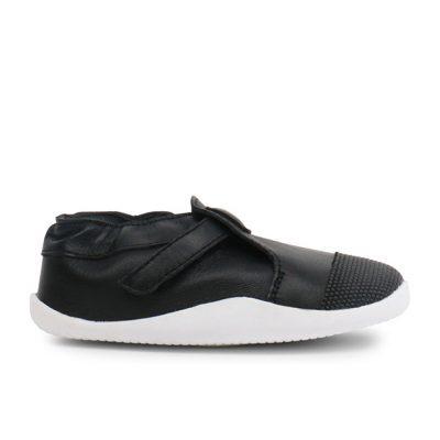 נעל טרום הליכה שחורה